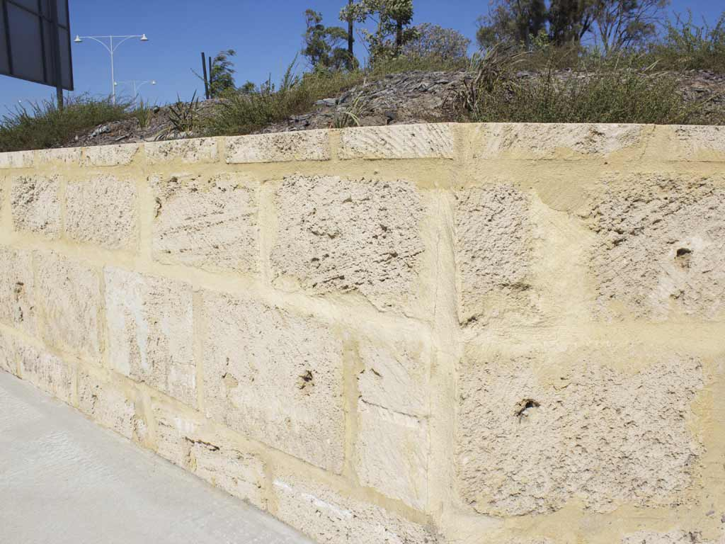 Natural Limestone Walls : Natural limestone blocks perth tamala